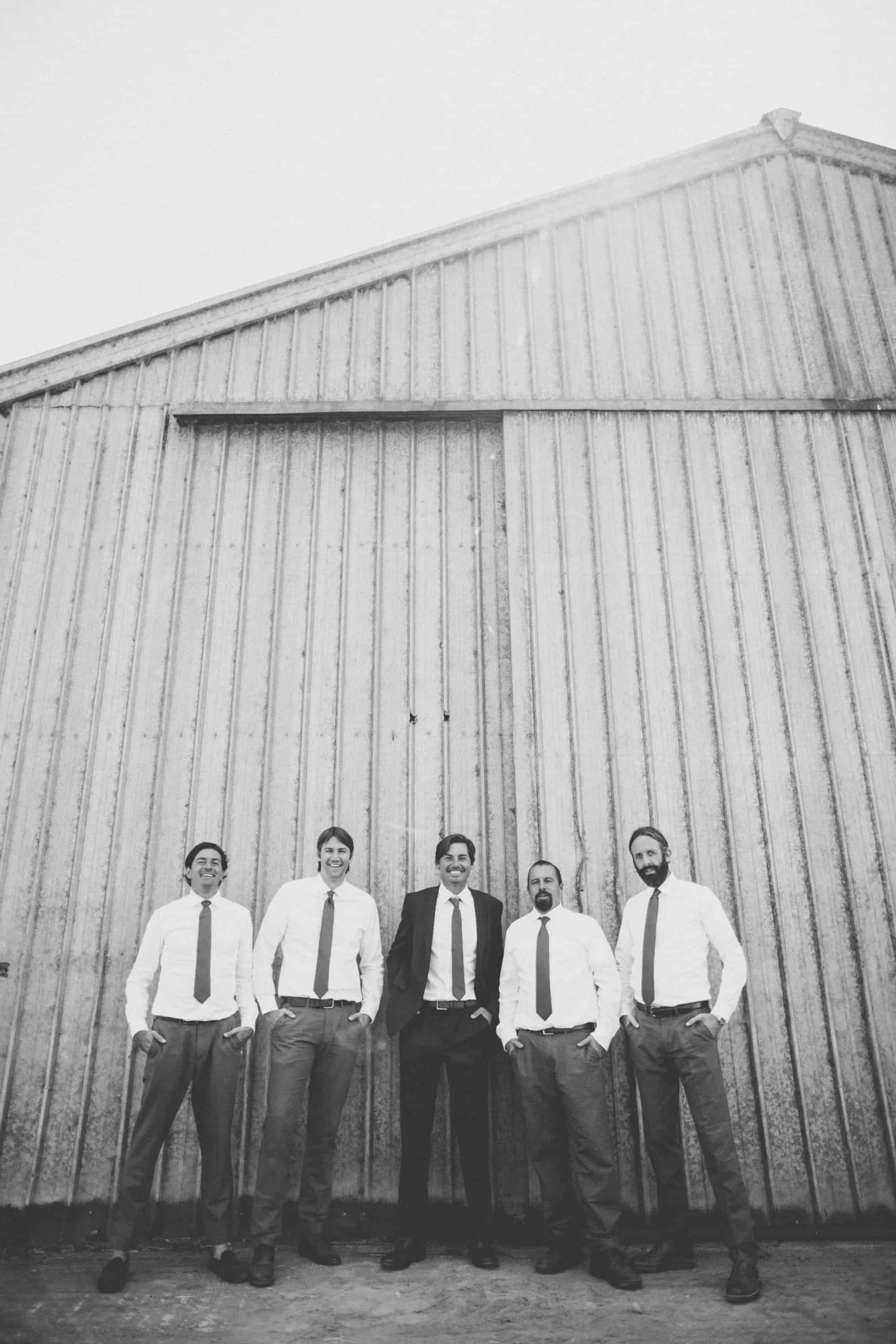 wedding groomsmen photos