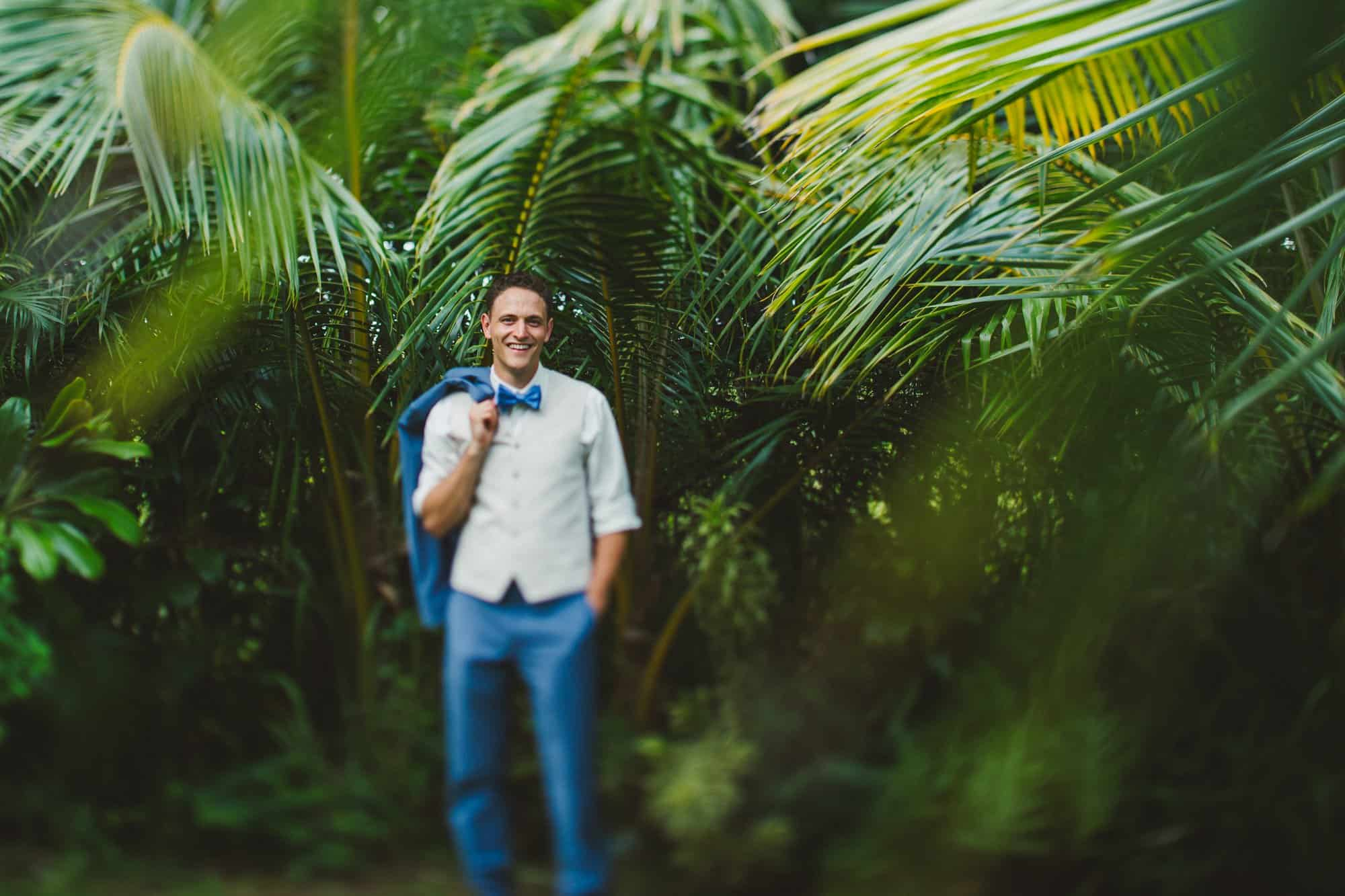 groom portraits at maui wedding