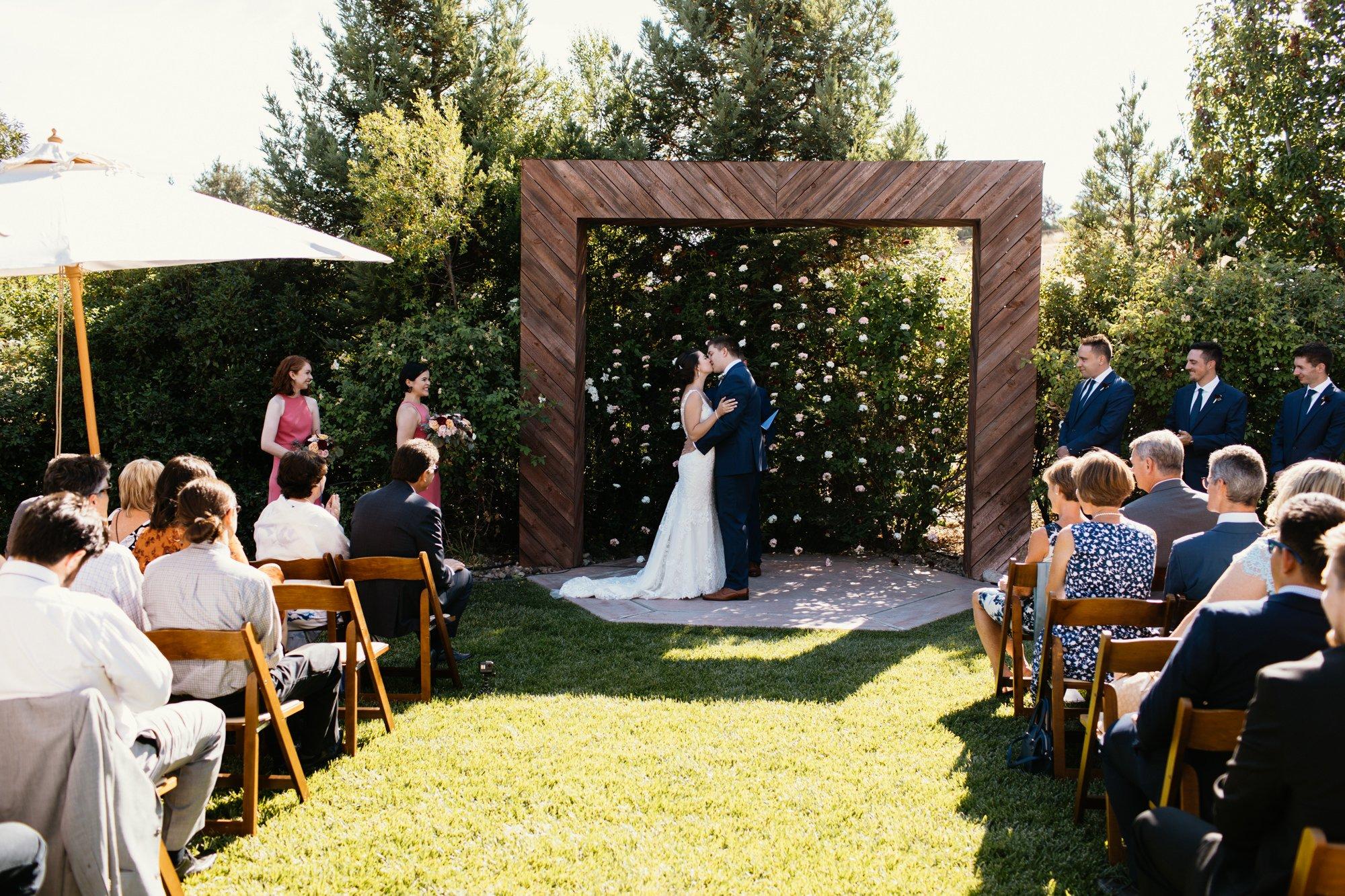 wedding ceremony kiss in atascadero