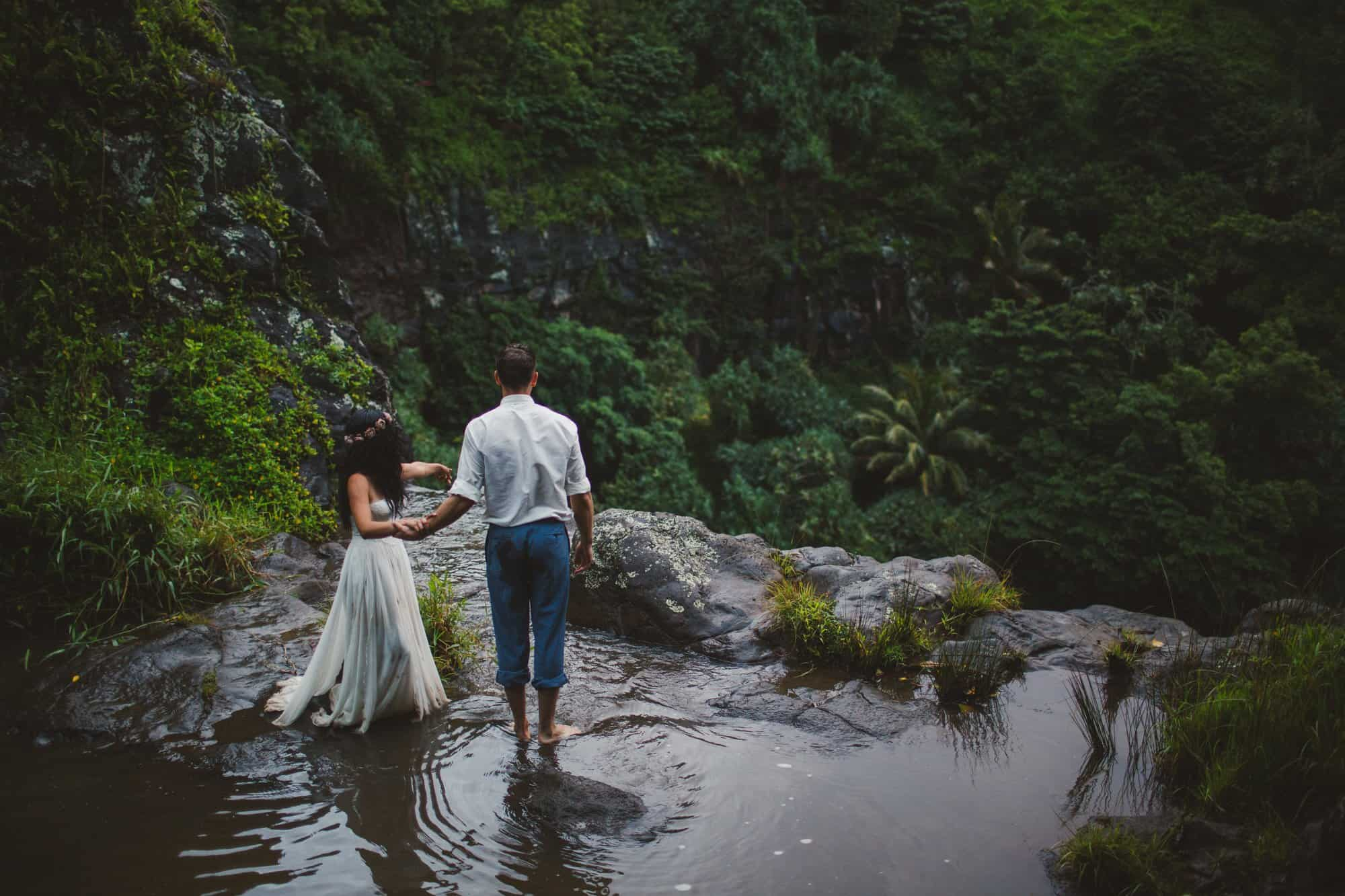maui waterfall wedding